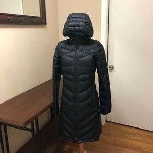 North face women's long winter jacket small